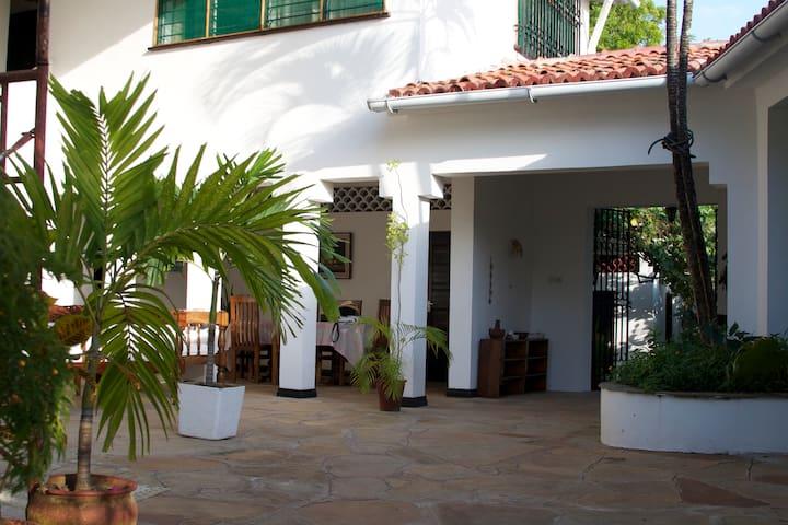 Casa Kazuri in Kikambala - Kikambala - House