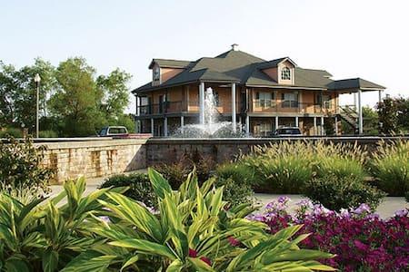 MEMPHIS/ROBINSONVILLE *1BR Condo* WG Tunica Resort - Lyxvåning