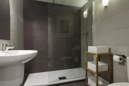A COOL APARTMENT FOR 2 OR 3 - Berlin - Appartement