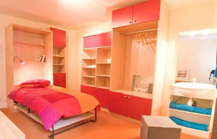 Chambre meublée en résidence - 16m²