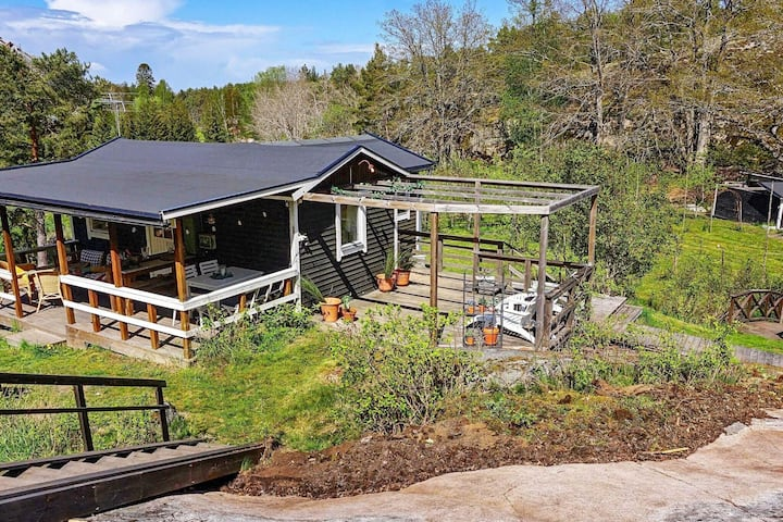 4 person holiday home in INGMARSÖ
