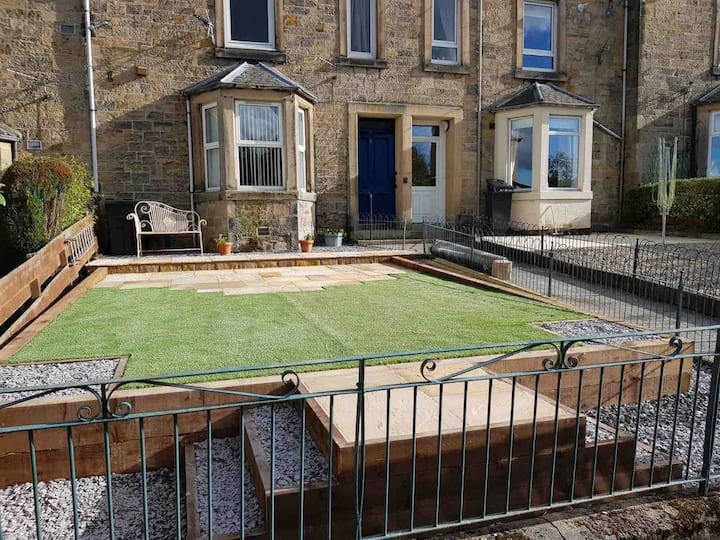 A charming stone maisonette with private garden