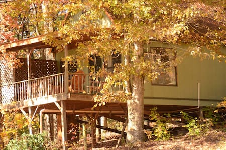 Coppertop cabin at Sunburst Adventures - Clarkesville
