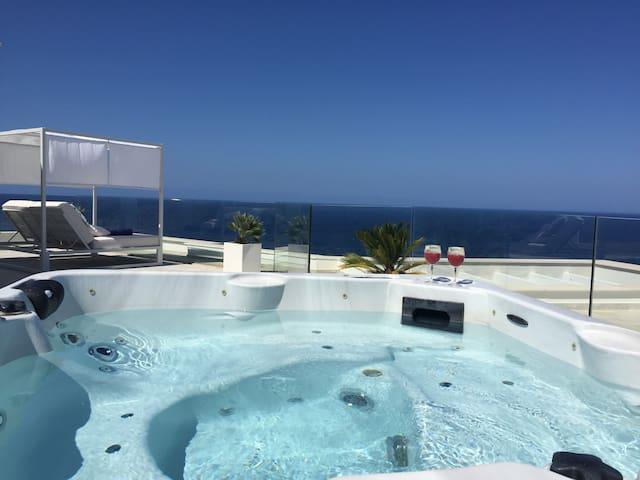 Luxuriöse Neubauvilla mit spektakulärem Meerblick - Cala Lliteres - House