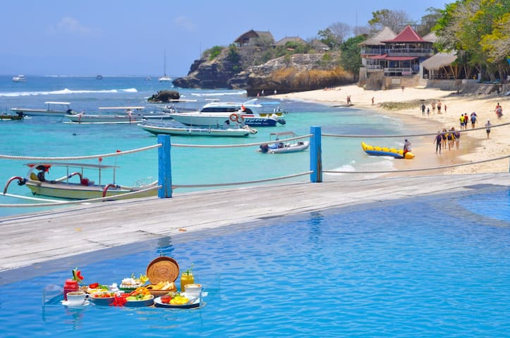 Infinity beach pool+Bungalow with Garden Lembongan