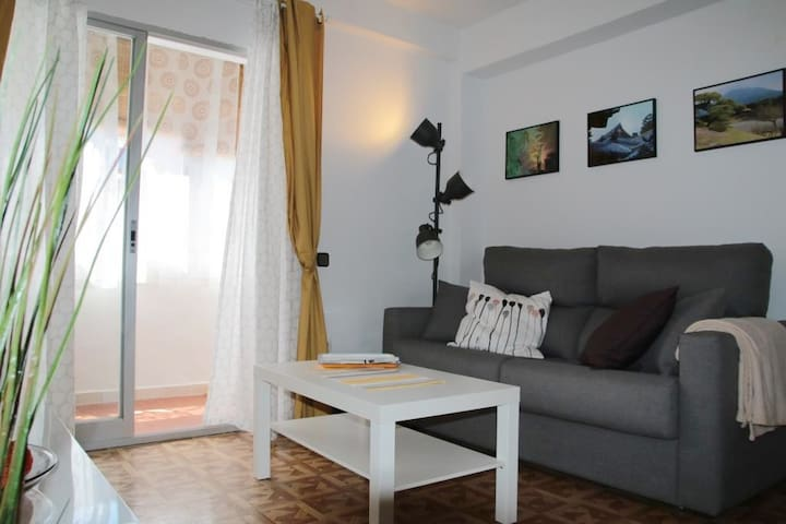 Comfortable apartement close to Alcalá center
