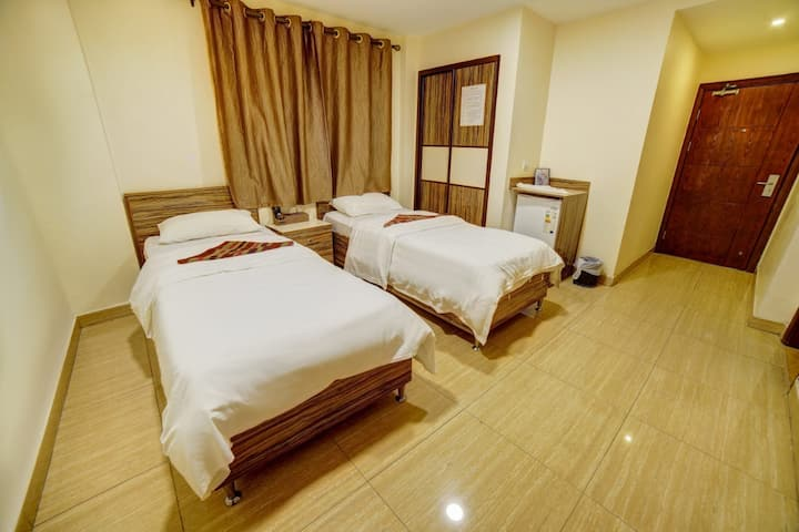 ( Afnan Hotel    فندق أفنان ) the best in D TOWN