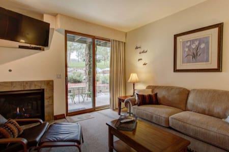 Luxury 1-Bedroom Condo at Highland Greens