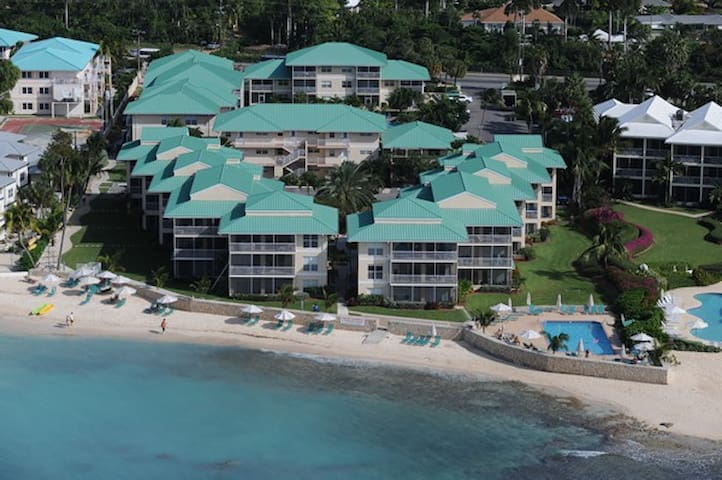 Amazing 2 Bdr Condo On 7 Mile Beach - Seven Mile Beach