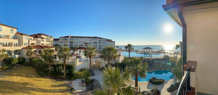 "Ocean Front Condo ""Resort Style Living"" NC Coast"