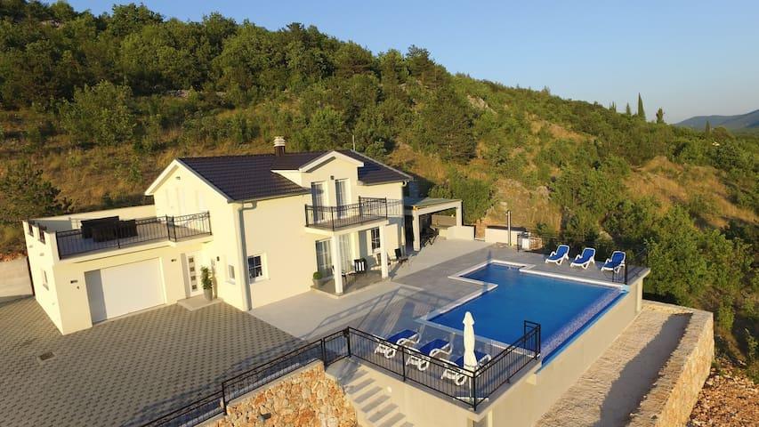 Villa Melani with pool - Poljica - NEW !!