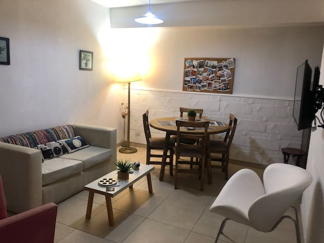 Apartment in the Heart of Palermo Hollywood!