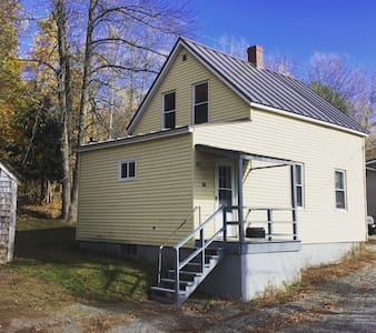Private, Dog-Friendly Cottage on Outskirt of Town. - Lewiston