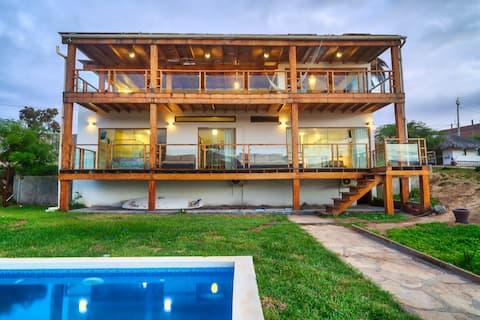 Spondylus Beach House II
