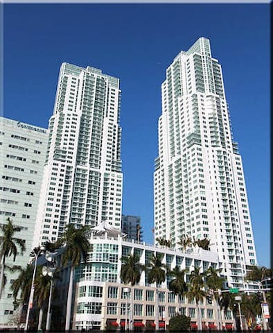 One bedroom condo luxury building - Miami - Pis
