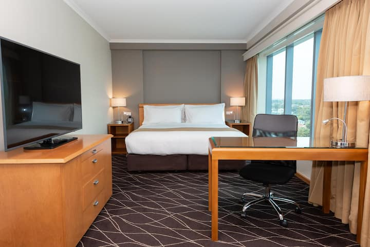 Extraordinary Double Executive Double Bed At Mascot - Sydney Airport