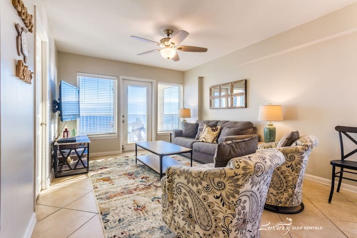 All reasonable offers considered for any stay. *Boardwalk 887*