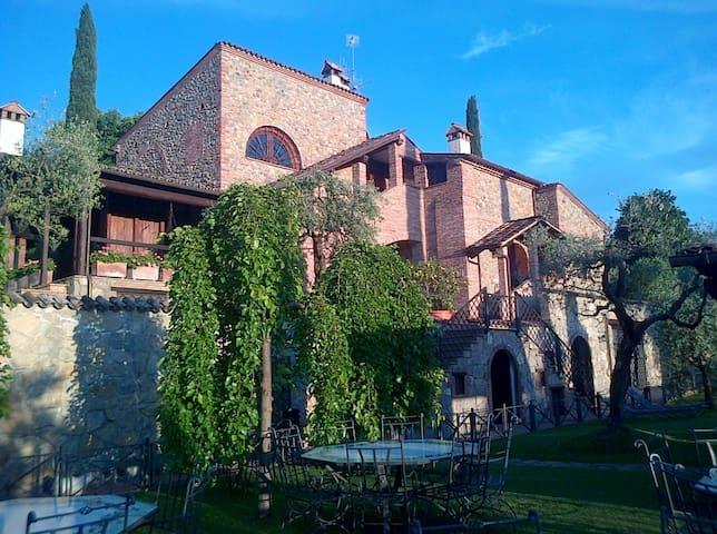 Appartamento con patio e barbecue e con piscina - Città della Pieve - Pis