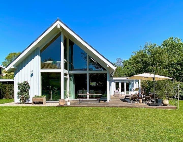 Scandinavian Villa 'De Schoonhorst' + wellness