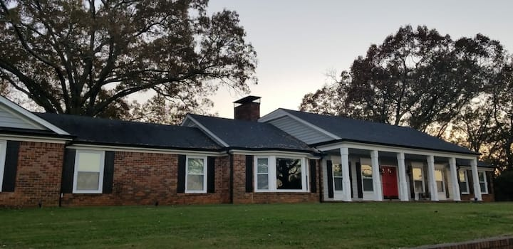 Oak Hill Manor Near Lake Point Sports   Room #2