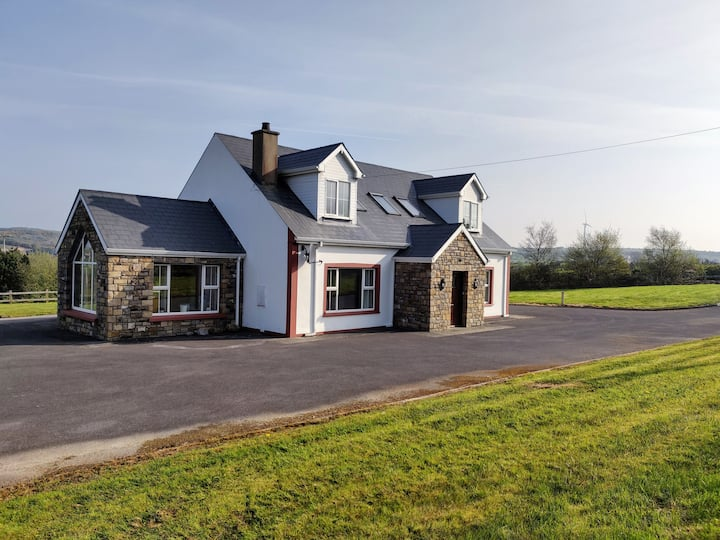 Spacious home from home, close to Rossnowlagh
