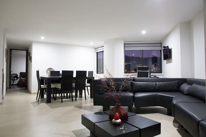 Comfortable Apartment Envigado Near Poblado - Envigado - Condo