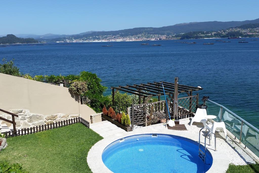 Casa en primeria linea de playa apartamentos en alquiler - Apartamentos con piscina en galicia ...