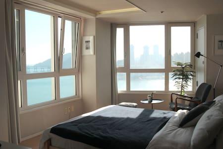 #09 [OPEN]광안리 오션뷰, 해변바로앞 OceanView /Beachfront - 부산광역시, KR - Leilighet