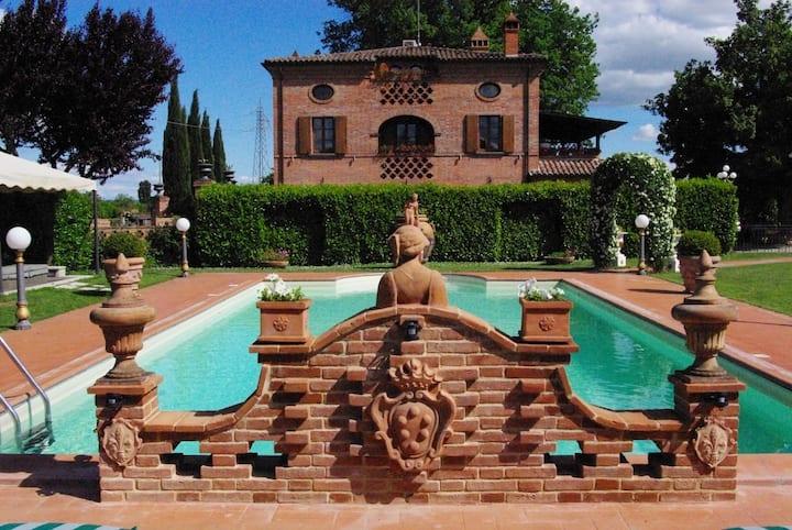 Villa Holiday or Wedding in Tuscany