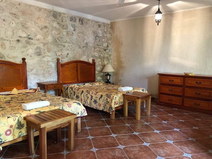 Anahata Bed and Breakfast- Room 6