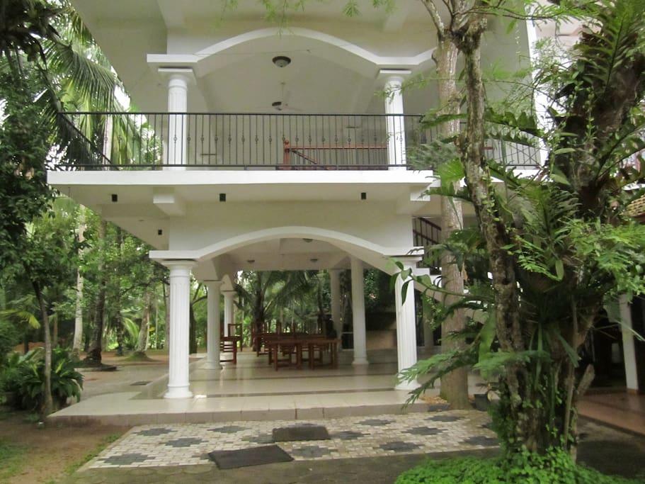 Little villa entrance