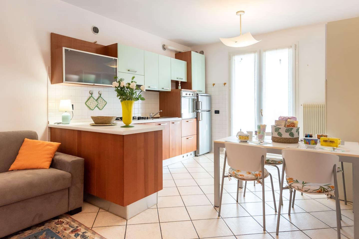 Casa Raffaello - Living room and kitchen