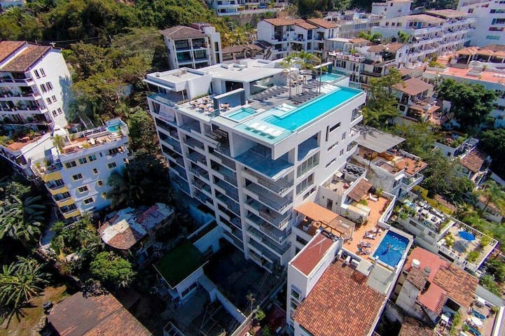 D'Terrace-Brand New Building in the Romantica Zone - Puerto Vallarta