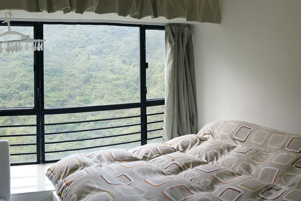 King Bedroom with beautiful mountain view