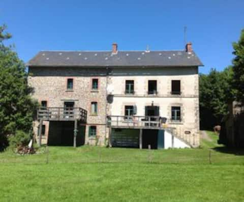 A charming,  tranquil gite in a stunning setting