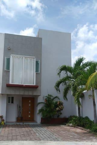 Fachada de la casa