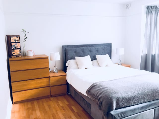 Cosy and bright flat 15 min from London Bridge