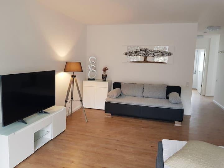 2 Zimmer Apart  in Düsseldorf/ Hilden