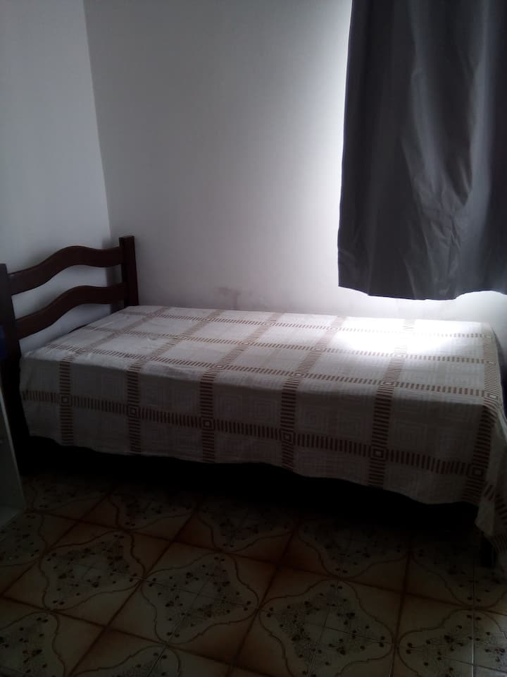 O quarto ideal, na casa familiar ideal.