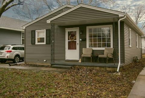 Our cozy, quiet 3BR bungalow