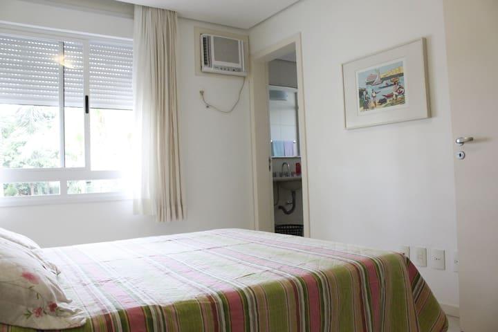 Ótimo Apartamento em Jurerê Internacional - Florianópolis - Wohnung