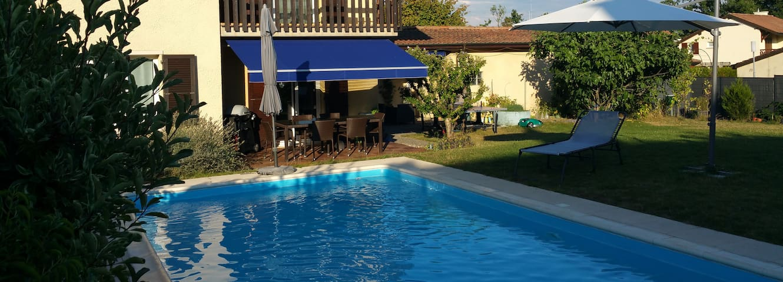 Villa avec piscine dans quartier très calme