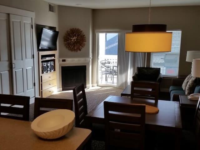 Windsor Sleeps 6-8 - Windsor - Appartement en résidence