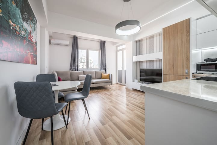 Luxury Apartment at Myslym Shyri