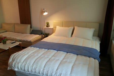 유성온천역 cozy&clean house