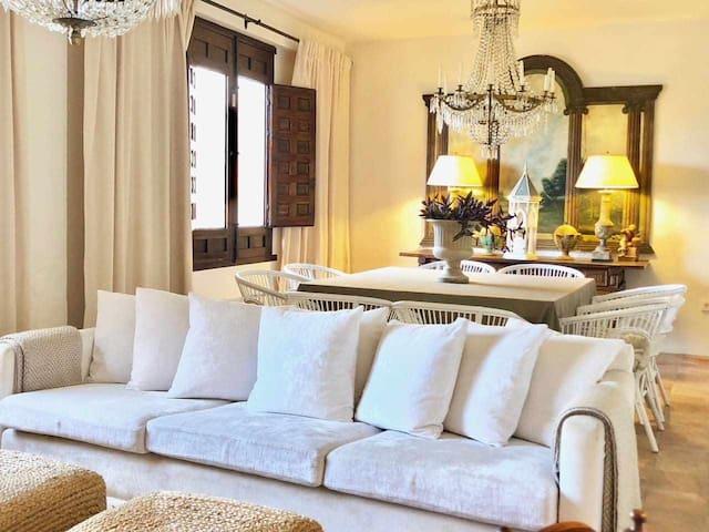 Casa señorial con vistas en el centro de Andalucía