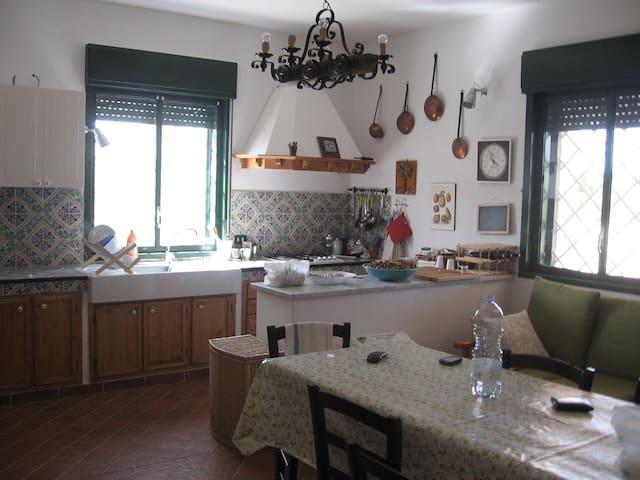 Tranquilla casa in campagna - Santa Margherita di Belice - Casa