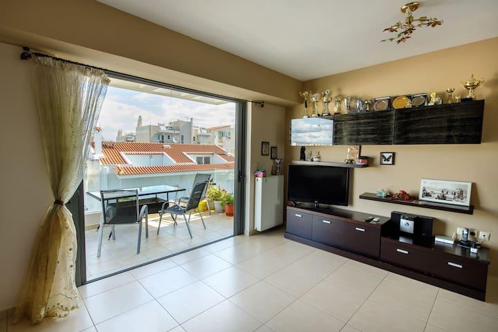 living room -balconi