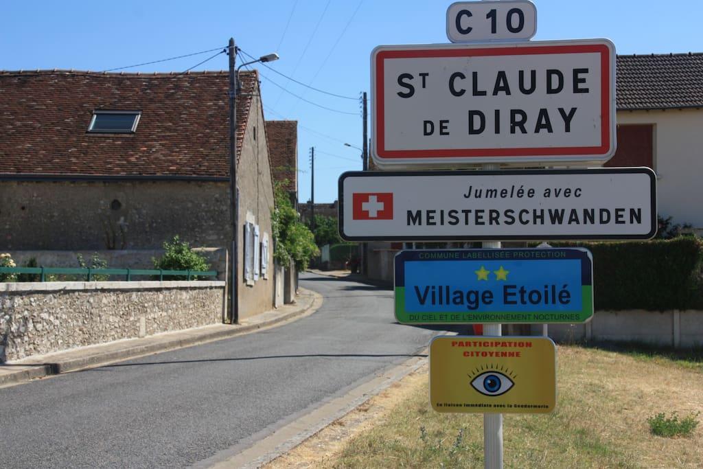 Notre maison est à l'entrée du village de Saint Claude