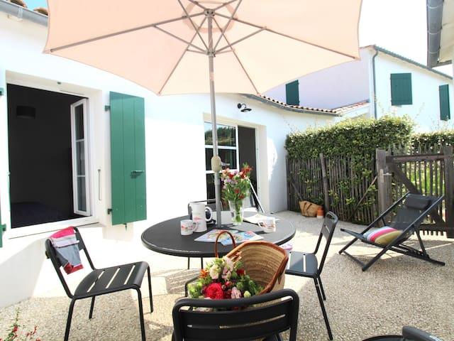 Villa-Wet room-Family-Terrace-N°6